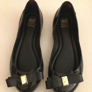 Melissa size 13 black gel shoes with bow
